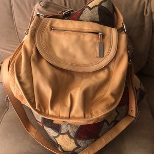 Kenneth Cole New YoRK Aa leather BAG